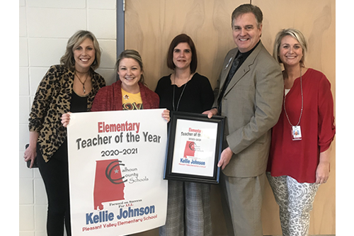 Kellie Johnson receiving Elementary Teacher of the Year
